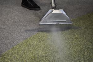 почистване на домове, пране на мокети