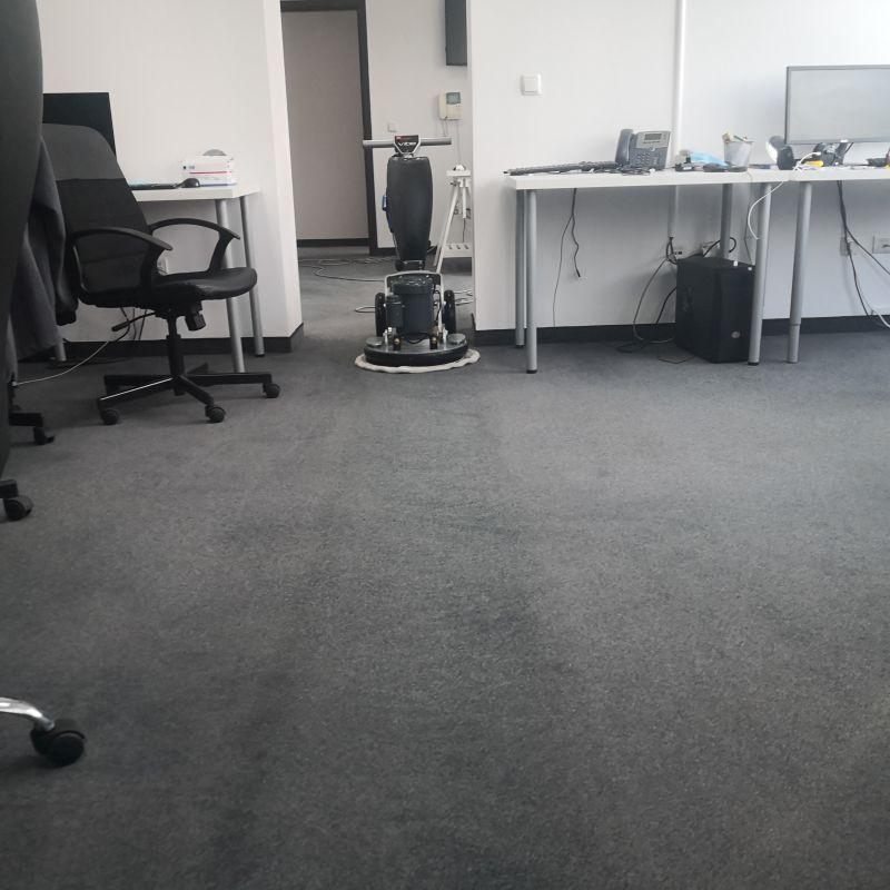 почистване на офиси